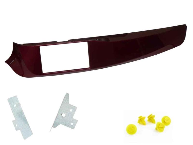 2-DIN monteringskit for Alfa Romeo Guiletta 2010-2014, rød.
