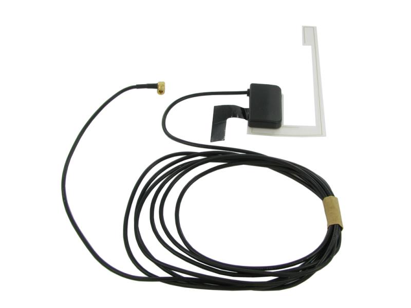 Aktiv rudeantenne til DAB digitalradio. Er med SMB konnektor